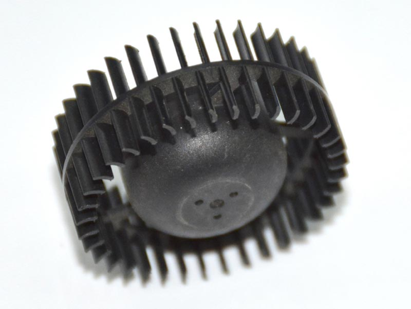 Self Tooling Plastic Molded Gear With Long Mold Life